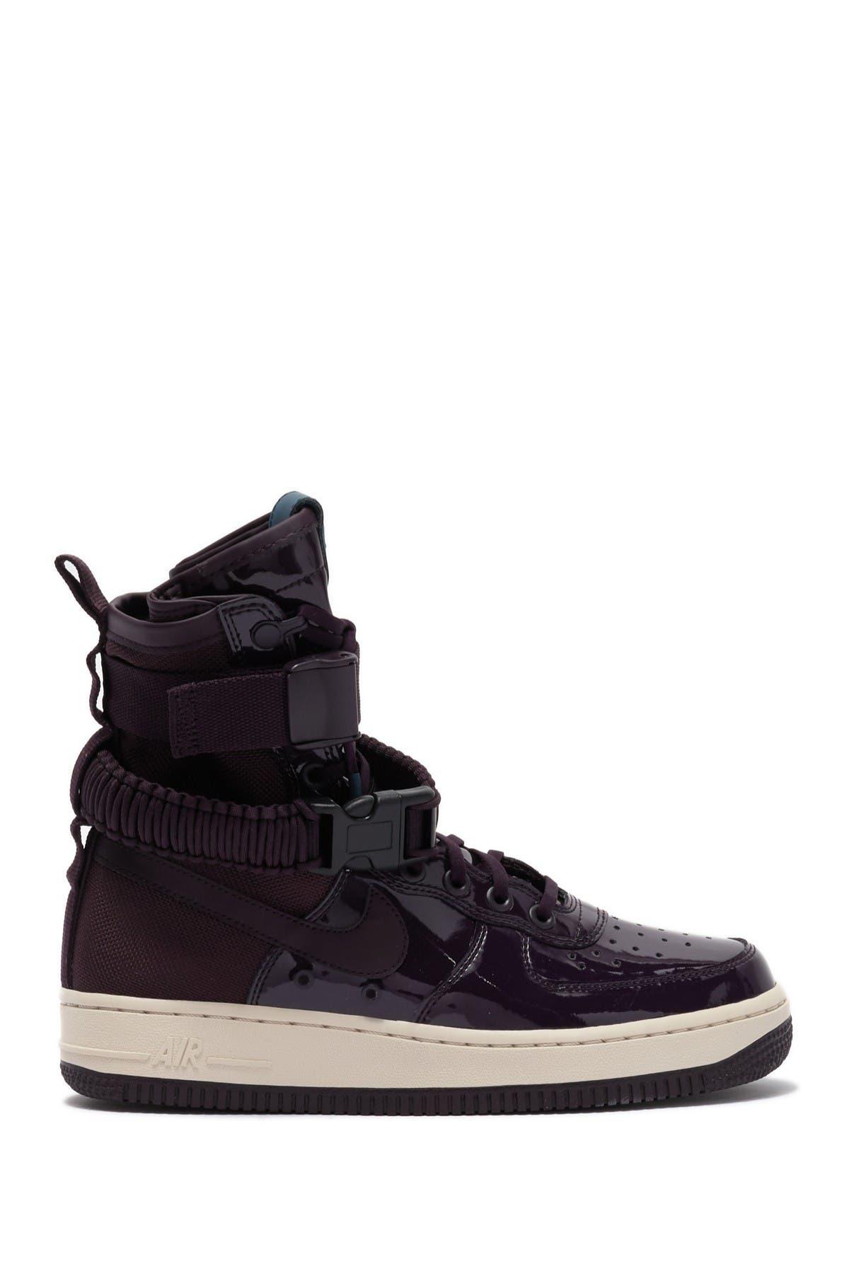 SF Air Force 1 SE Premium Sneaker