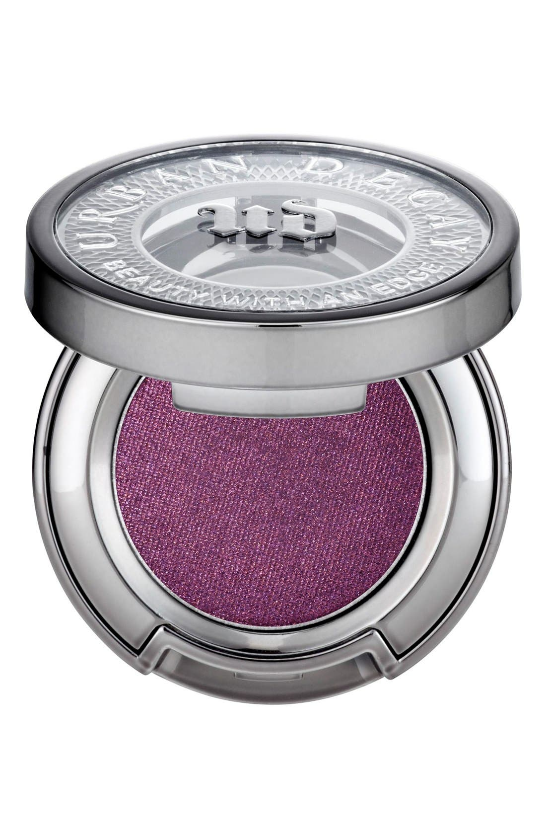 What it is: An eyeshadow with a soft, velvet texture that delivers rich, decadent, buildable color and long-lasting, crease-free wear. What it does: Each hue features the brand\\\'s Pigment Infusion System, a vehicle for color that holds tightly to pigment and gives the formula its glide. The proprietary blend of ingredients allows color to weave itself through the eyeshadow formula for insane color payout that stays put on your lids. The technology