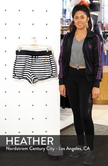 Sportswear Stripe Woven Shorts, sales video thumbnail