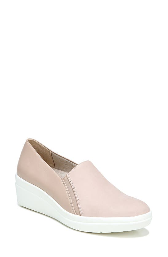 Naturalizer Snowy Slip-ons Women's Shoes In Mauve Leather