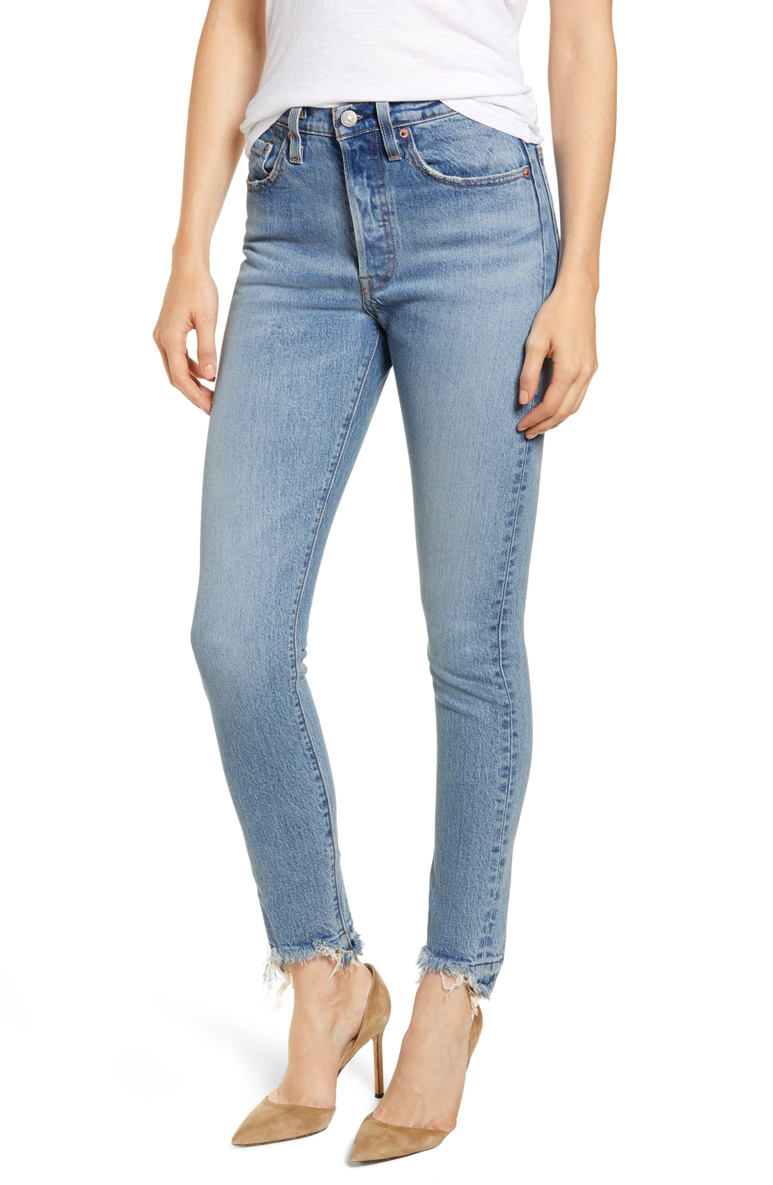 Women's Levi's 501 High Waist Nibbled Hem Skinny Jeans,  28 x 28 - Blue