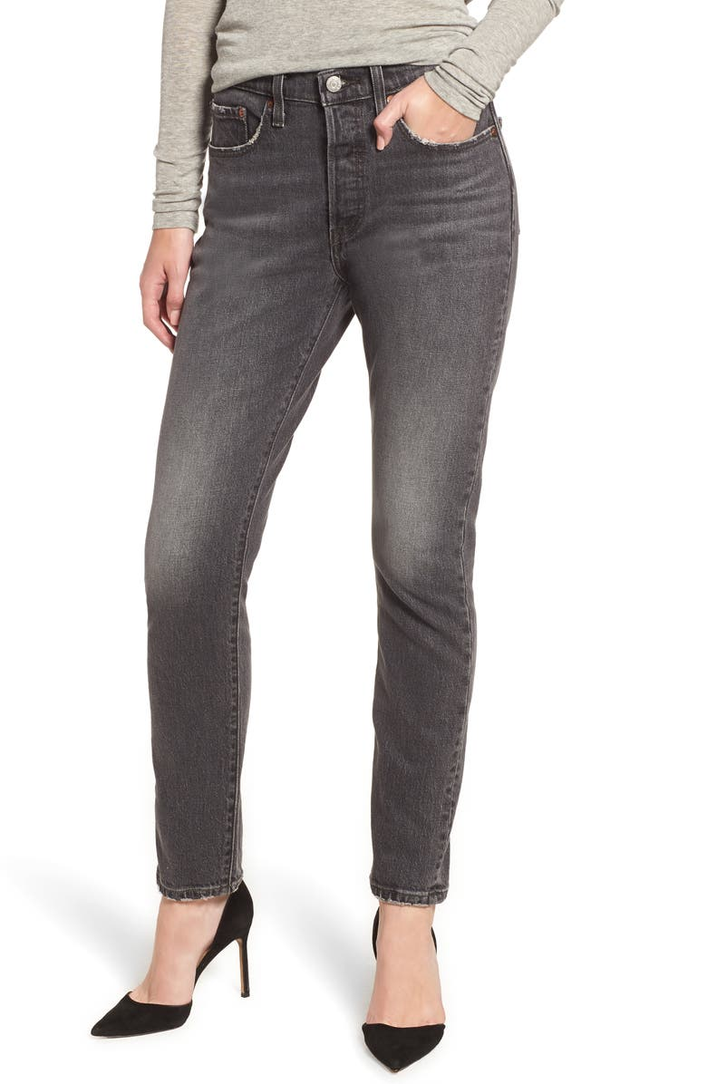 LEVI'S<SUP>®</SUP> 501<sup>®</sup> Ankle Slim Jeans, Main, color, 001