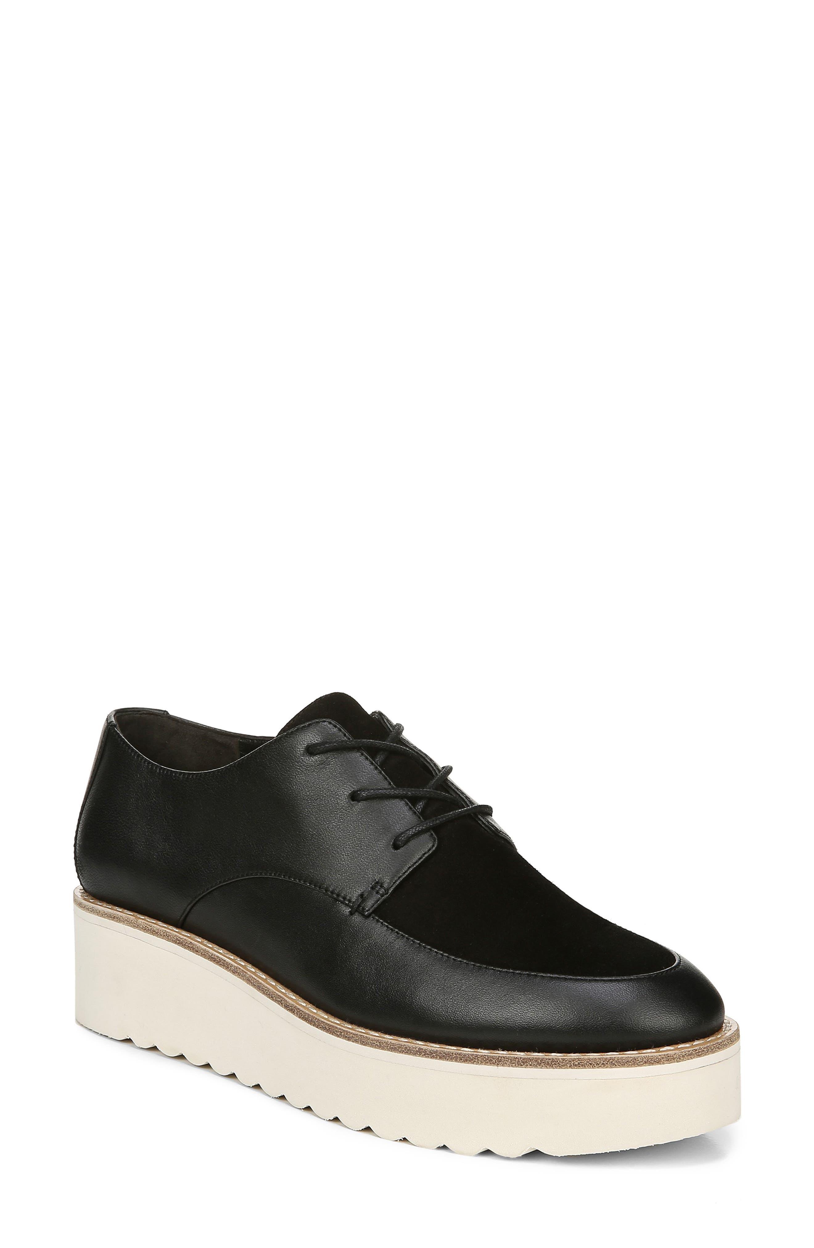 8 Black Vince Zina Sneaker
