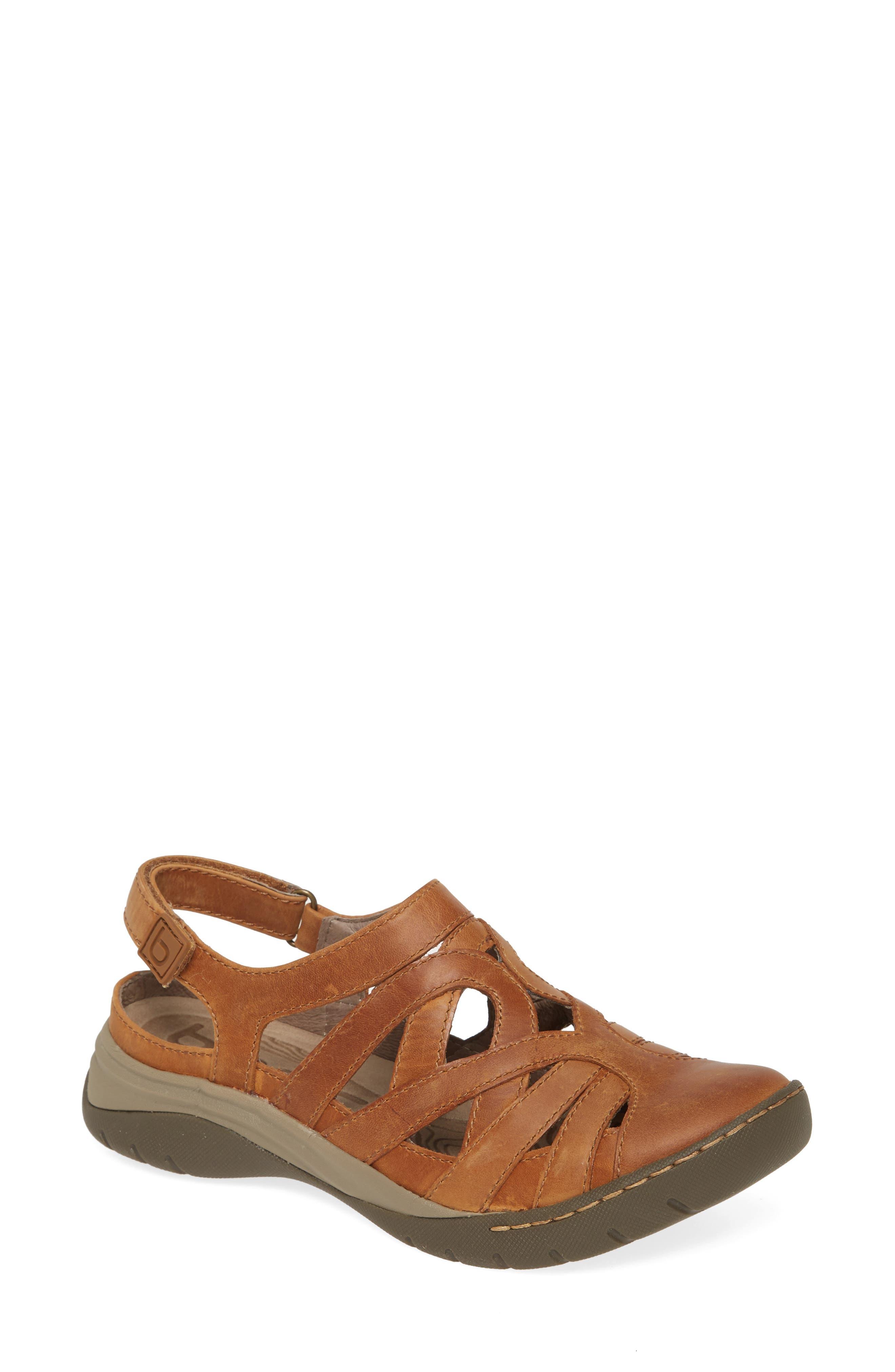 Women's Bionica Wira Water Friendly Sandal, Size 7 M - Beige
