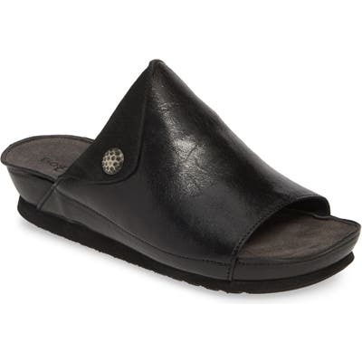 Bos. & Co. Pern Slide Sandal - Black