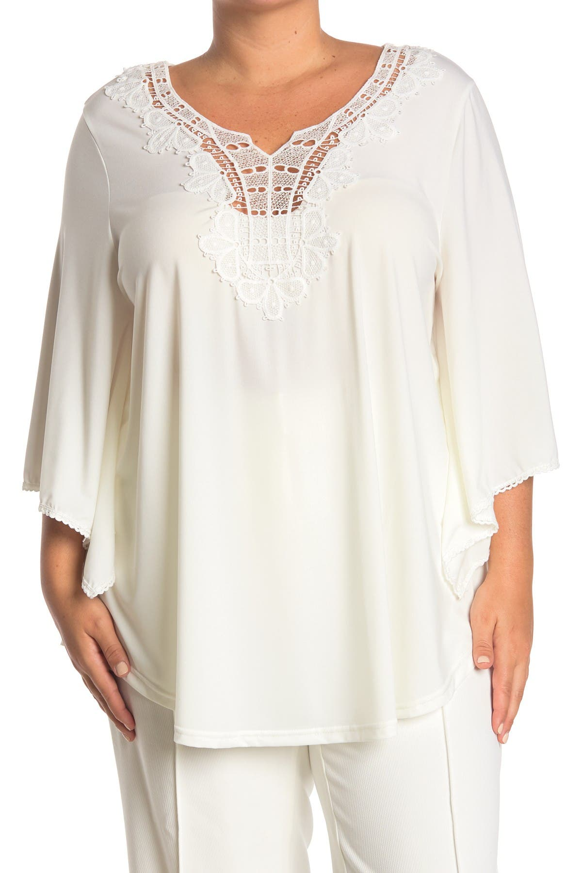 Image of STEM AND VINE Lace Notched Neck Top