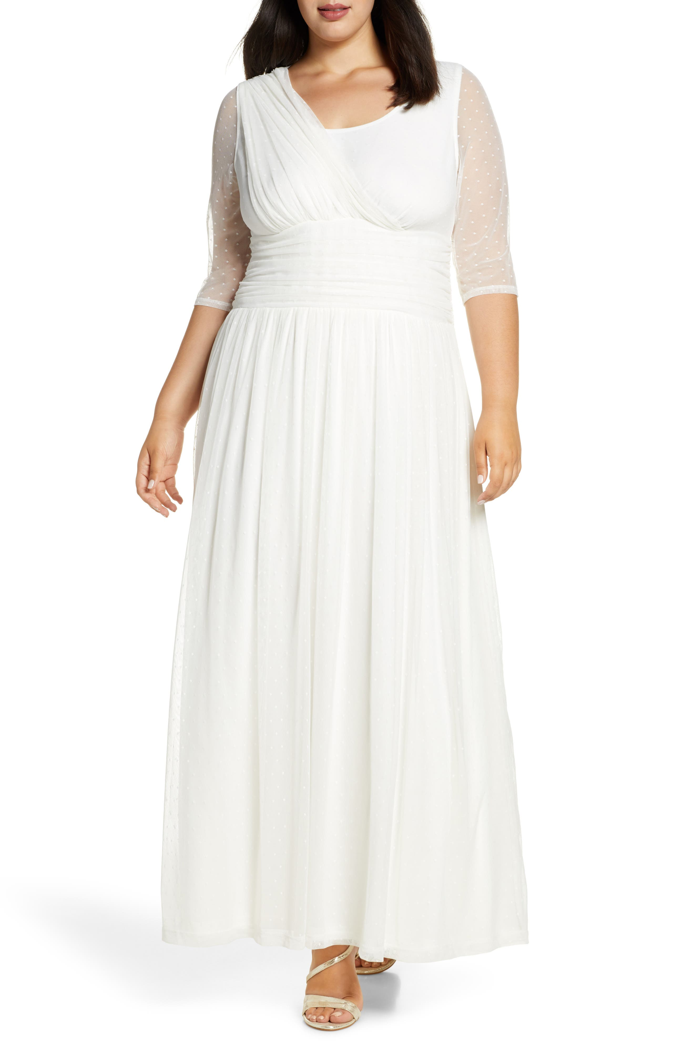1940s Style Wedding Dresses | Classic Wedding Dresses Plus Size Womens Kiyonna Meant To Be Chic Gown $218.00 AT vintagedancer.com