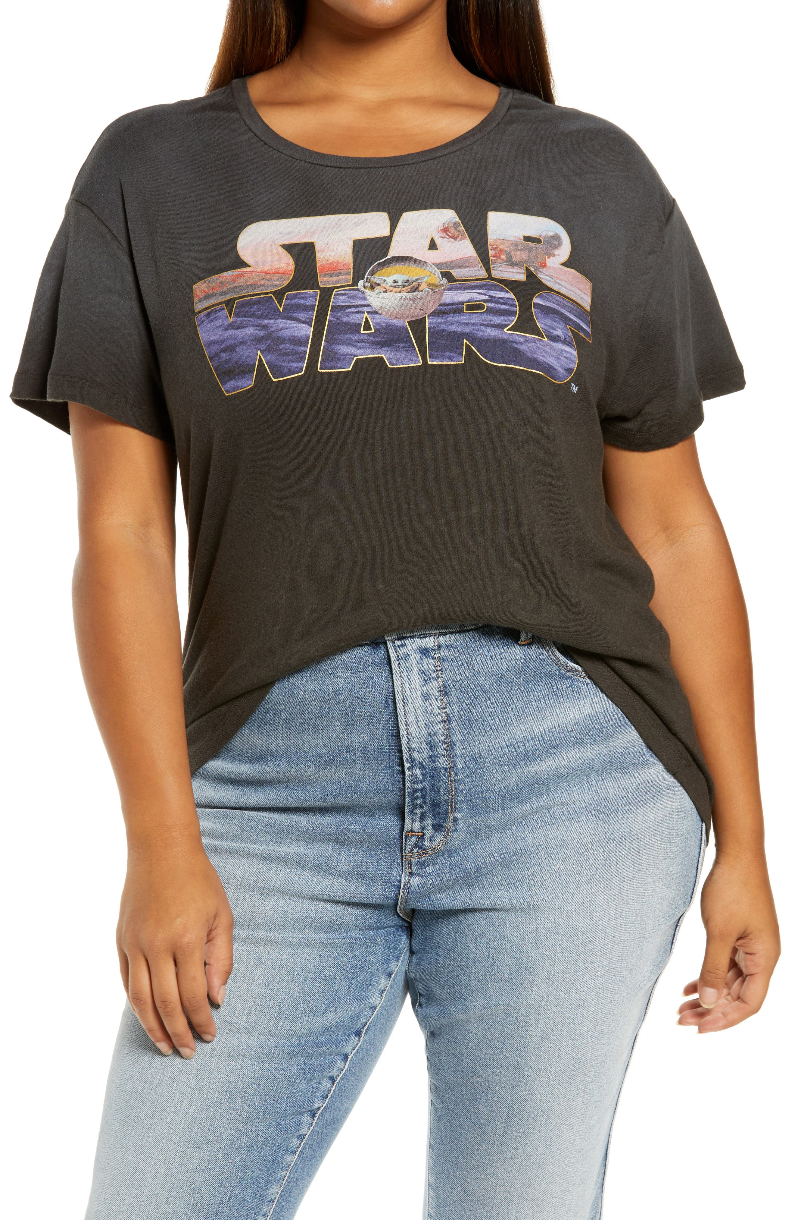 Star Wars(TM) Mandalorian Graphic Tee