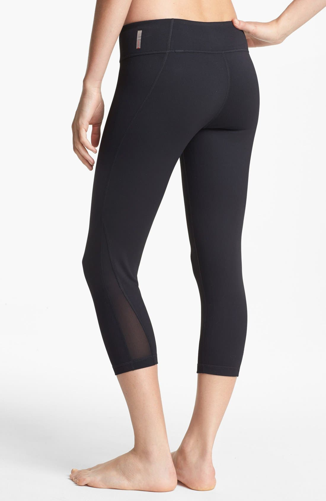 Live In Streamline Reversible Capris, Main, color, 001