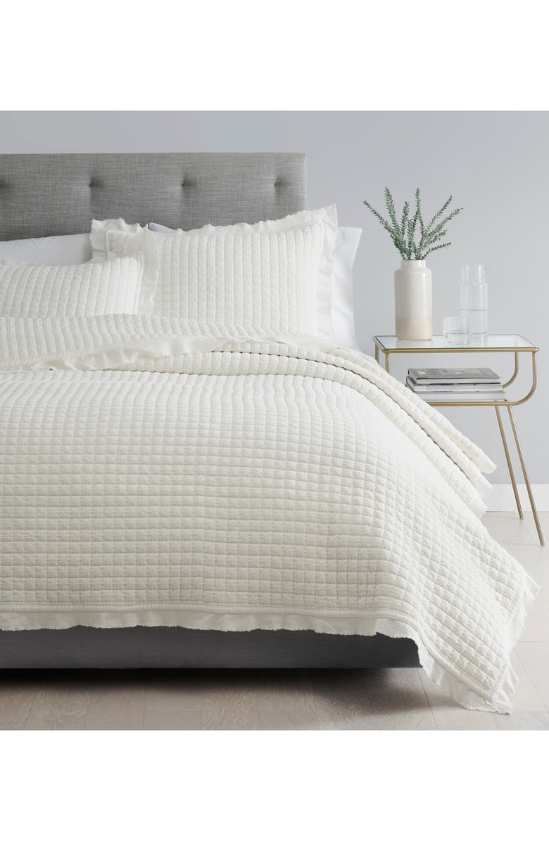 UGG<SUP>®</SUP> Cortina Coverlet, Main, color, SNOW