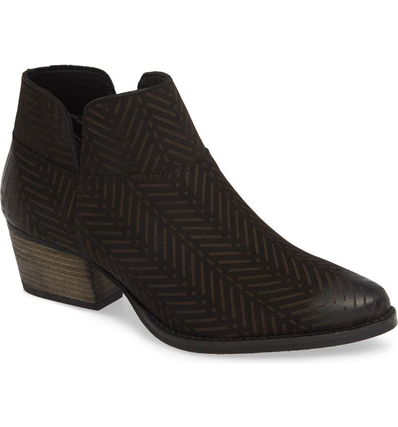 CHARLES BY CHARLES DAVID Zander Herringbone Etched Bootie, Main, color, 001