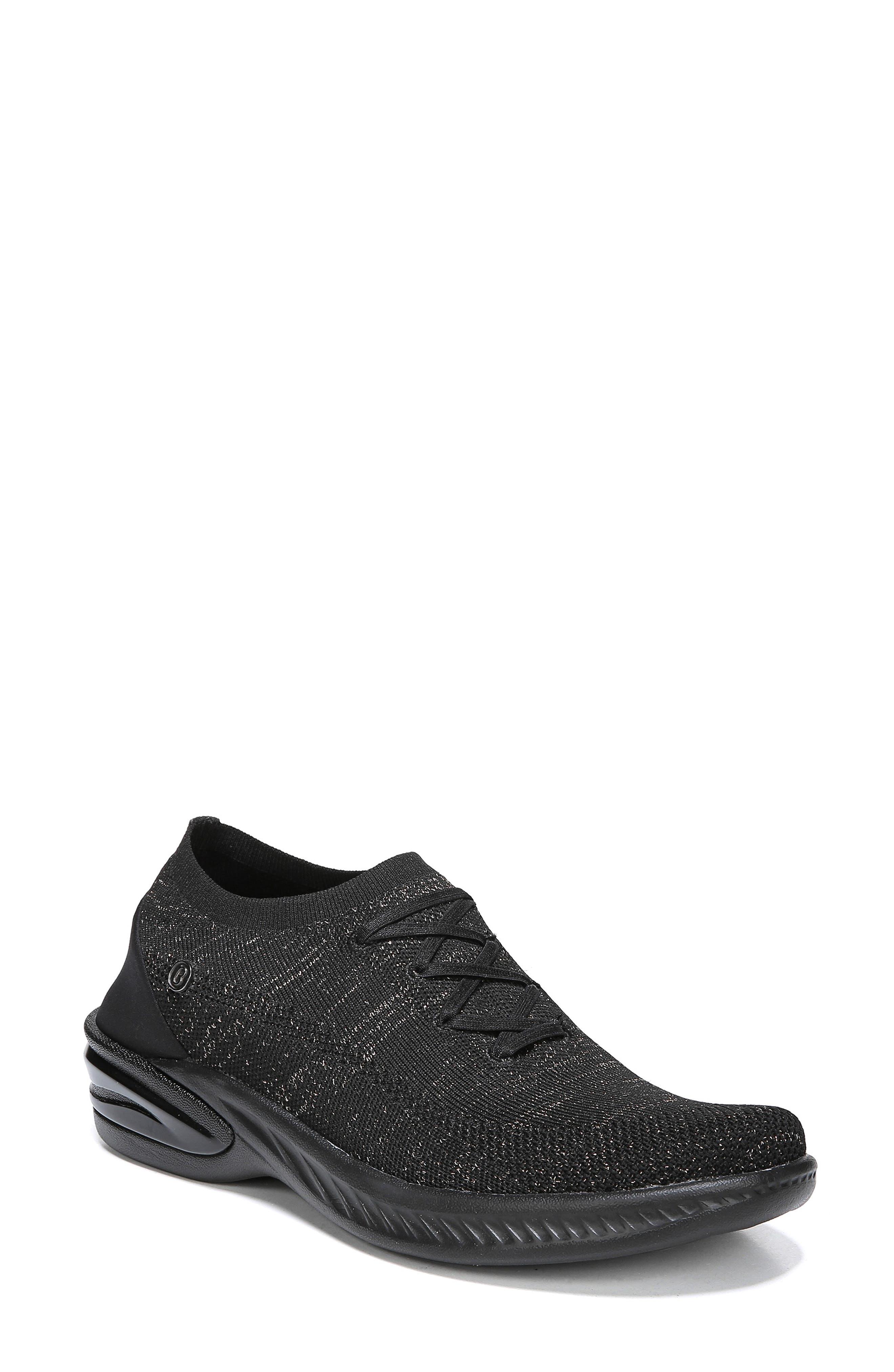 Nuance Slip-On Sneaker 9Women)