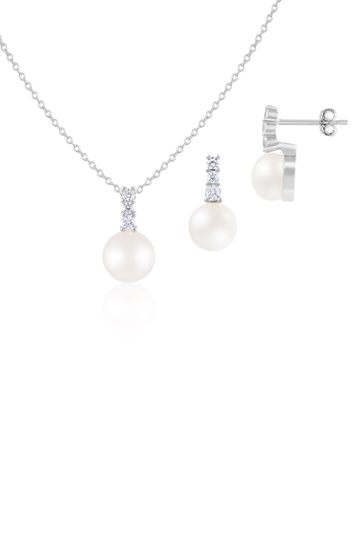 Image of Splendid Pearls White Freshwater Pearl Earrings & Necklace Set