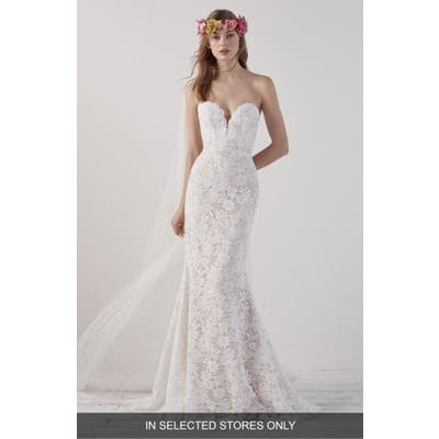 Provonovias Eithel Strapless Lace Mermaid Gown, Size - Ivory