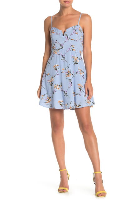Image of MELLODAY Floral V-Notch Skater Dress