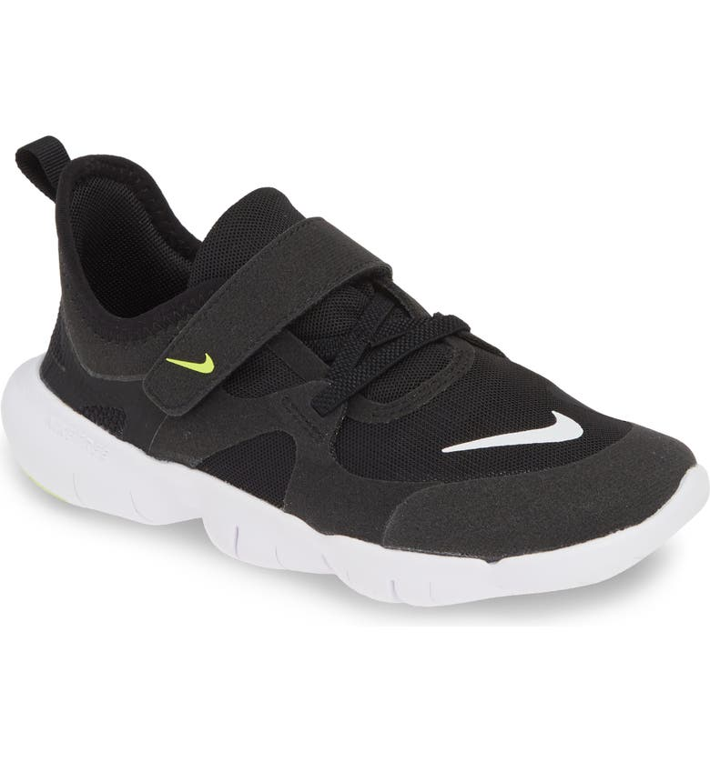 NIKE Free Run 5.0 Sneaker, Main, color, BLACK/ WHITE-ANTHRACITE-VOLT