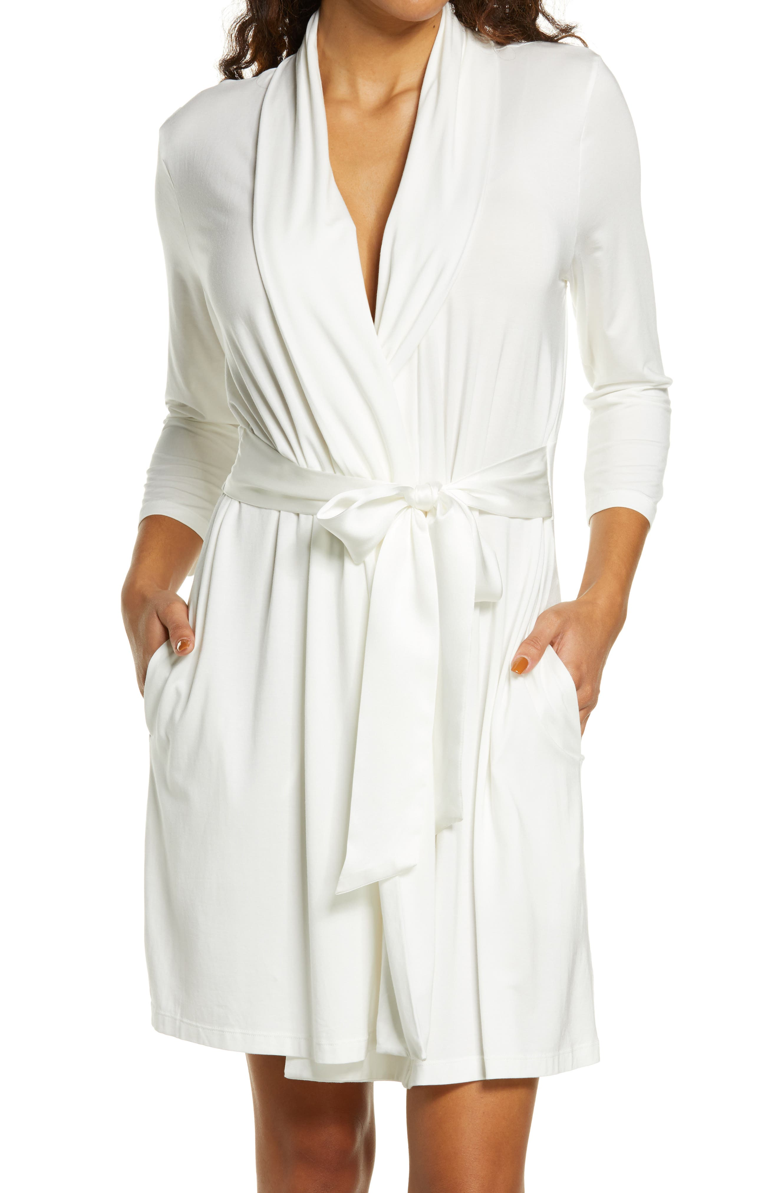Iconic Short Robe