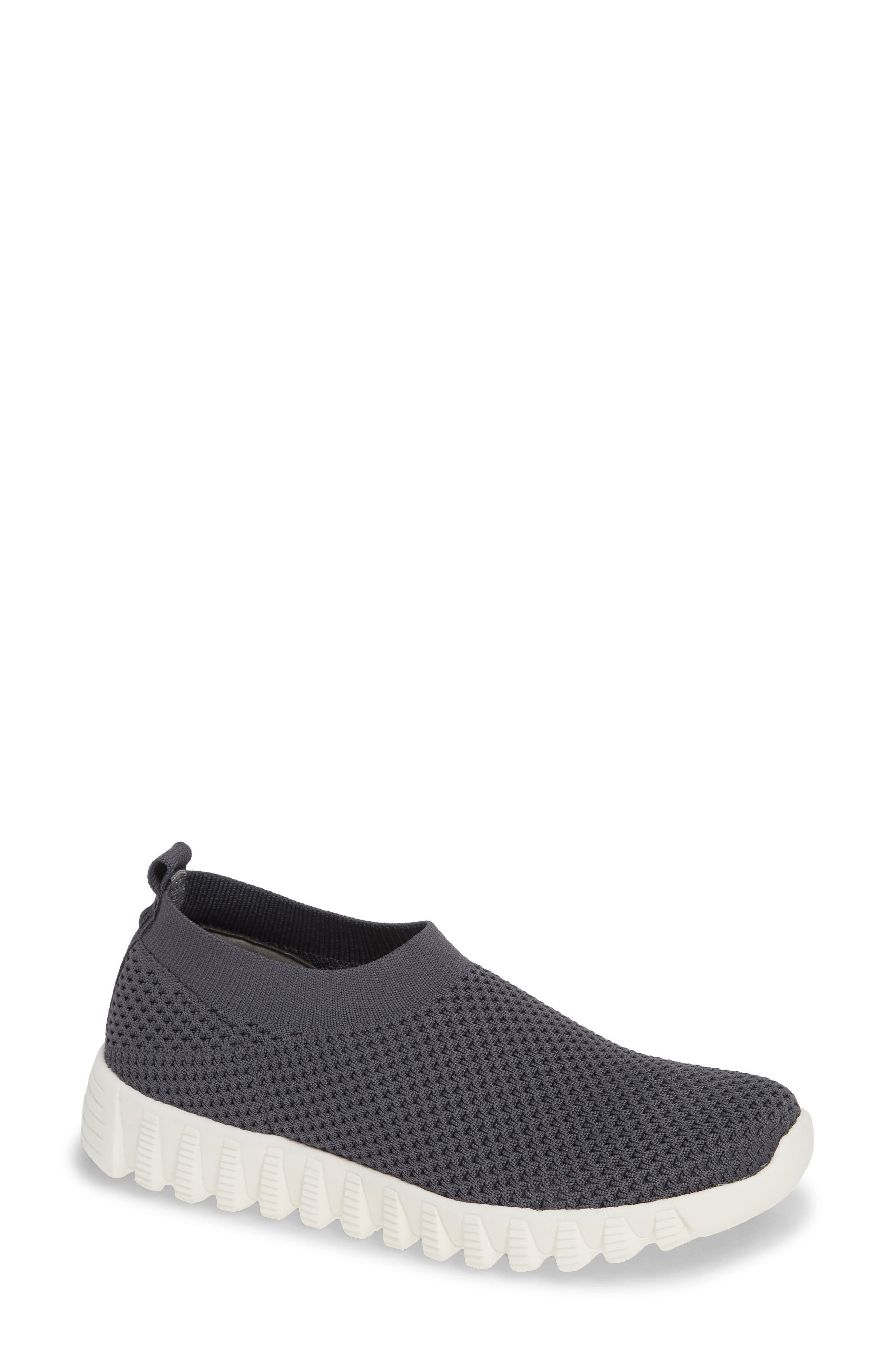 Bernie Mev. Electric Sneaker, Grey