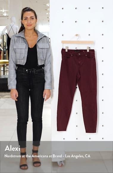 Nic Skinny Jeans, sales video thumbnail