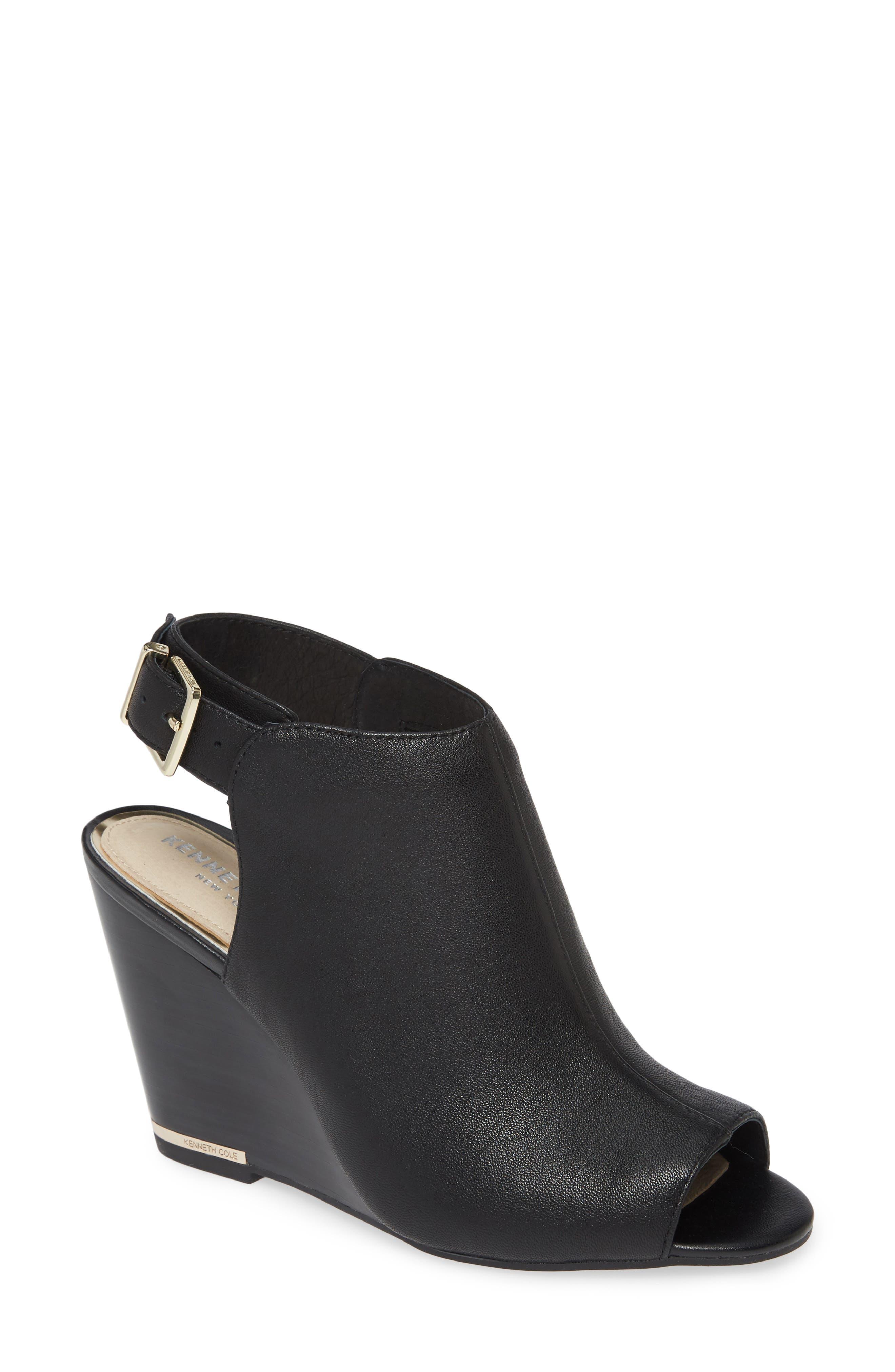 Merrick 85 Sandal