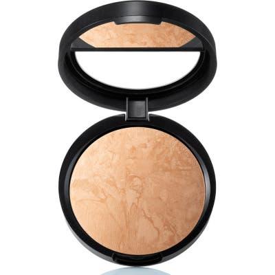 Laura Geller Beauty Balance-N-Brighten Baked Color Correcting Foundation - Golden Medium