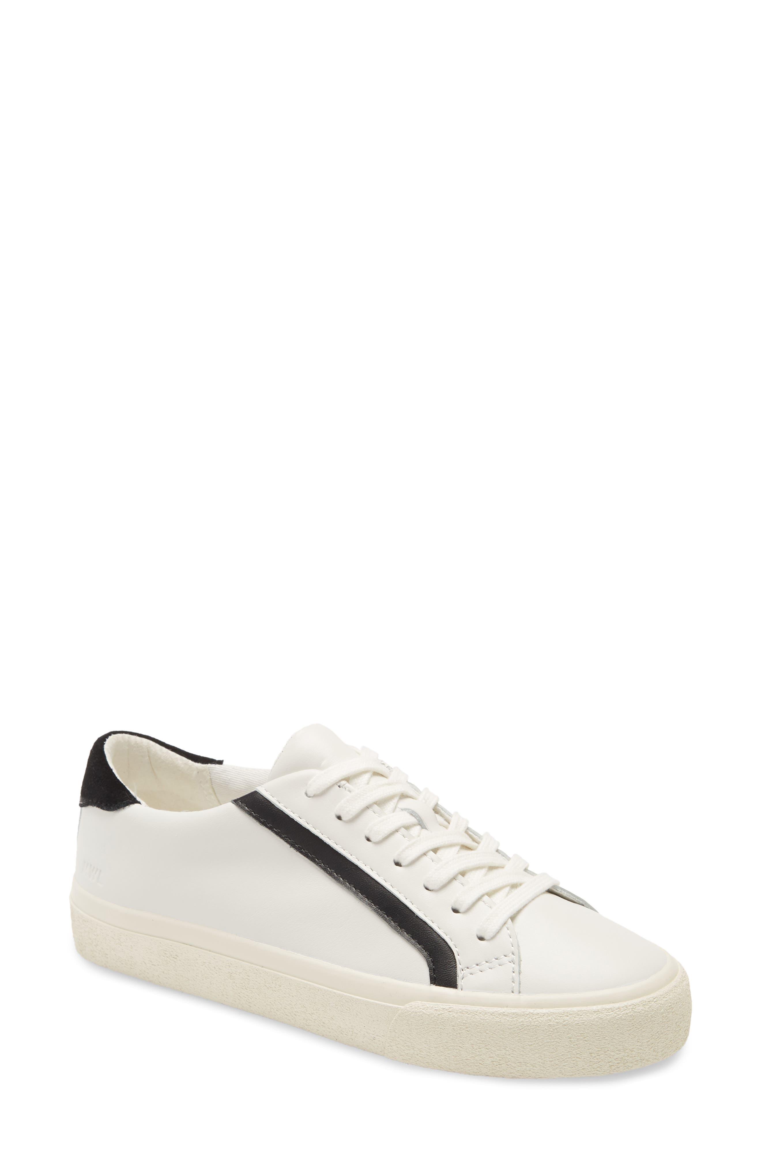 Delia Sidewalk Low Top Sneaker