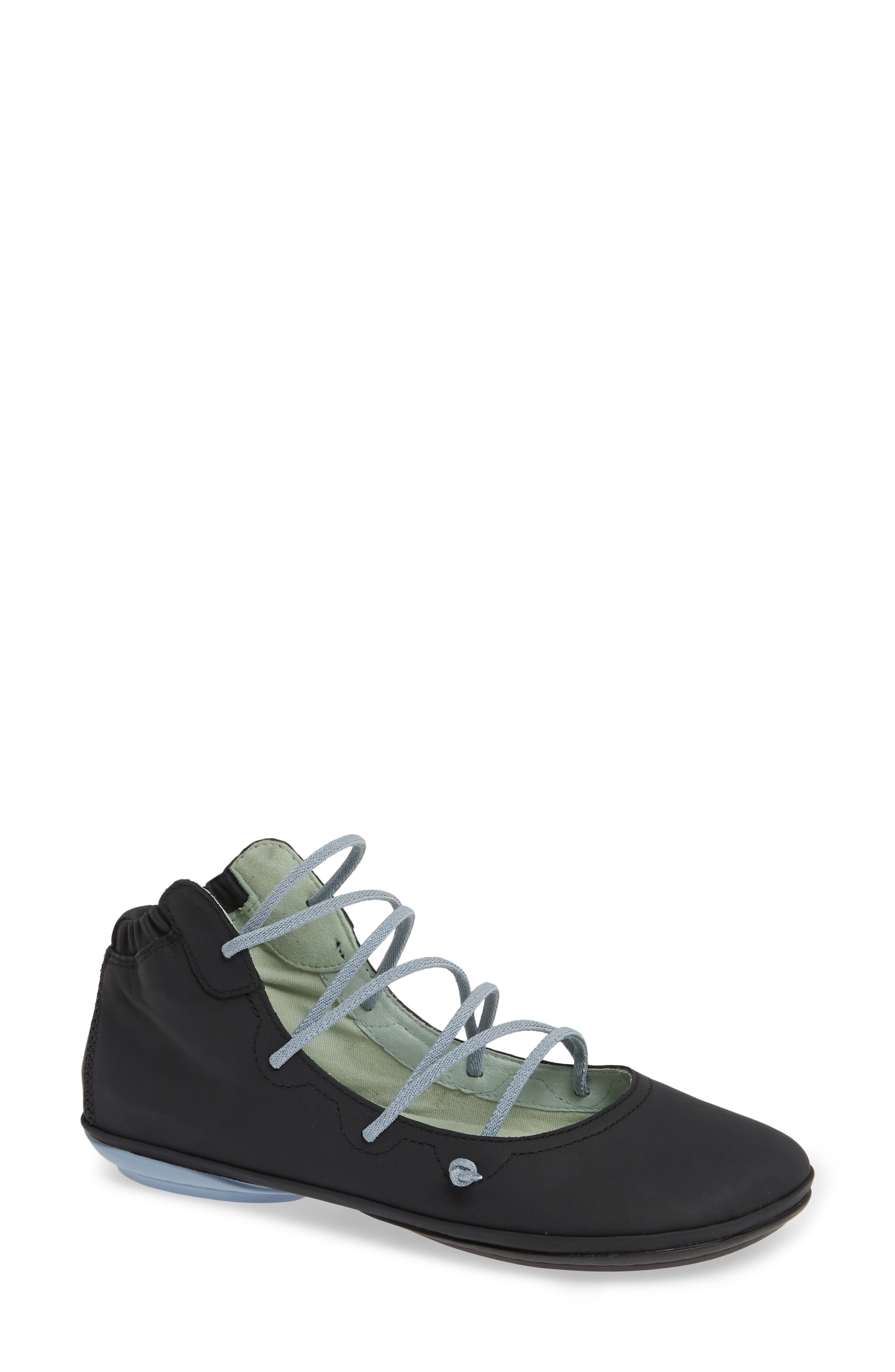 Camper Right Nina Mid Top Ghillie Flat, Black