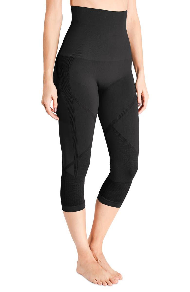 BELLY BANDIT<SUP>®</SUP> Mother Tucker<sup>®</sup> Active Compression Capri Leggings, Main, color, BLACK