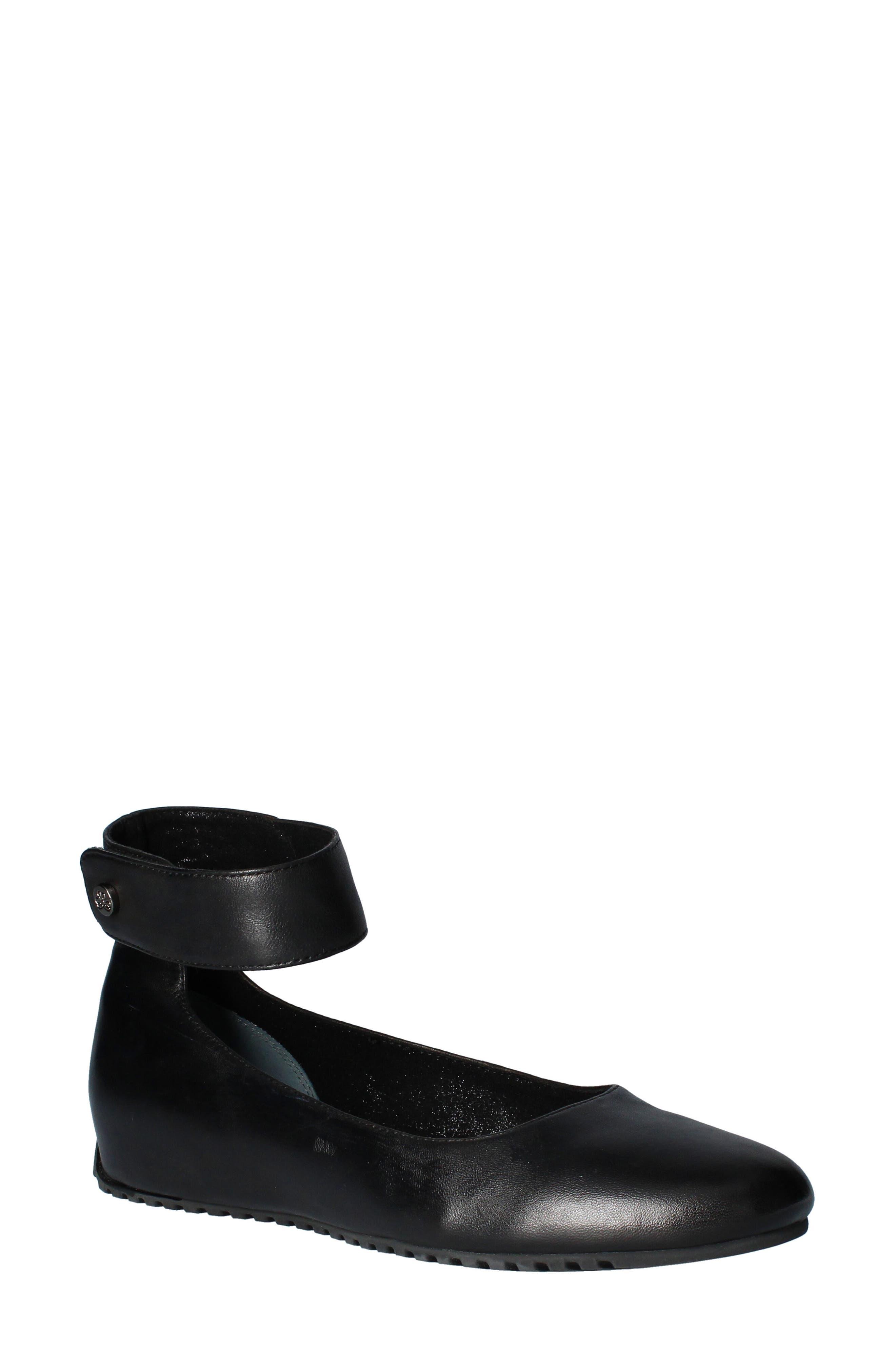 Women's J.renee Tarlow Ankle Strap Ballet Flat