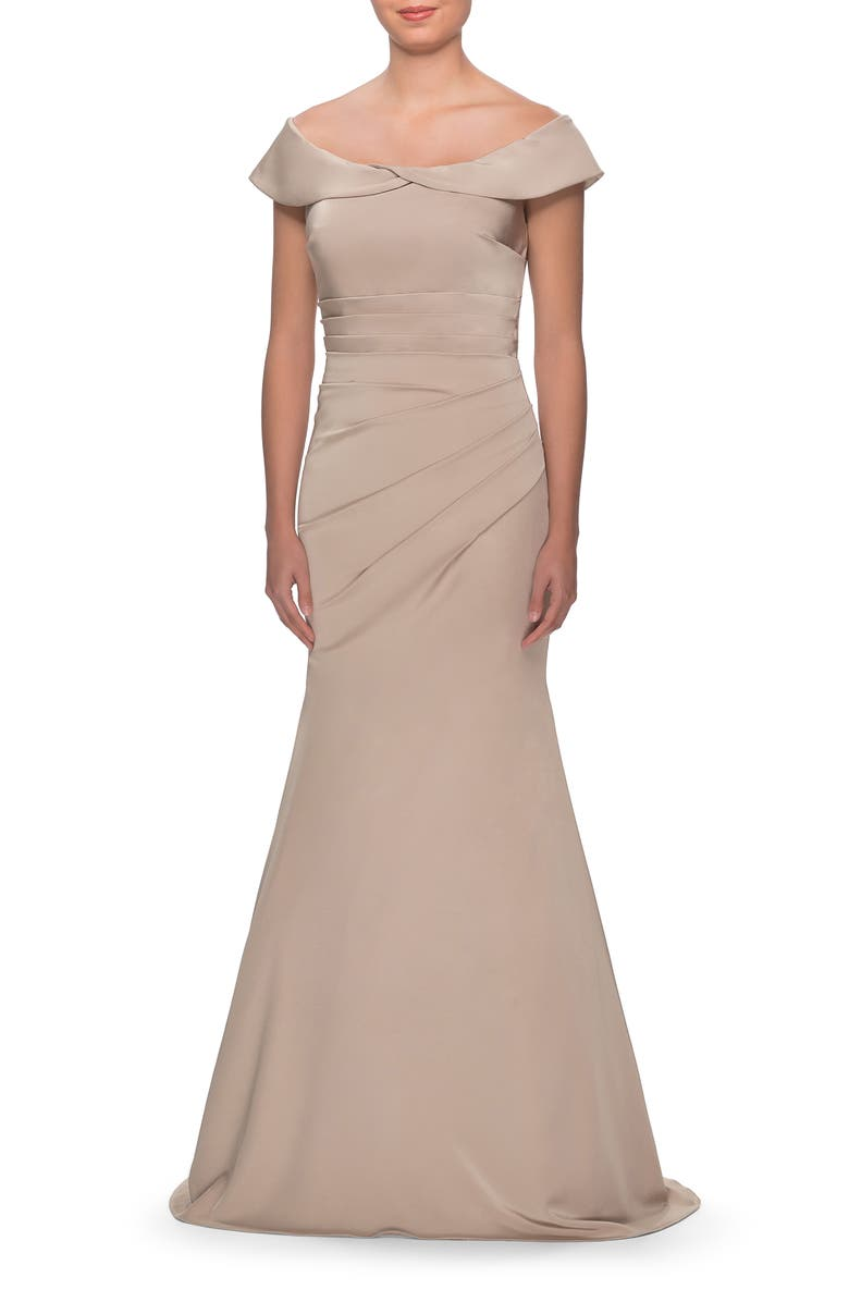 LA FEMME Off the Shoulder Pleated Satin Mermaid Gown, Main, color, CHAMPAGNE