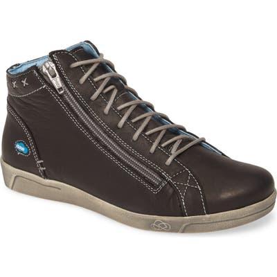 Cloud Aika High Top Sneaker, Black