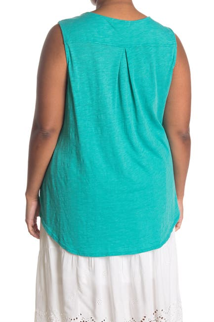 Image of 14TH PLACE Embroidered Curved Yoke Tank