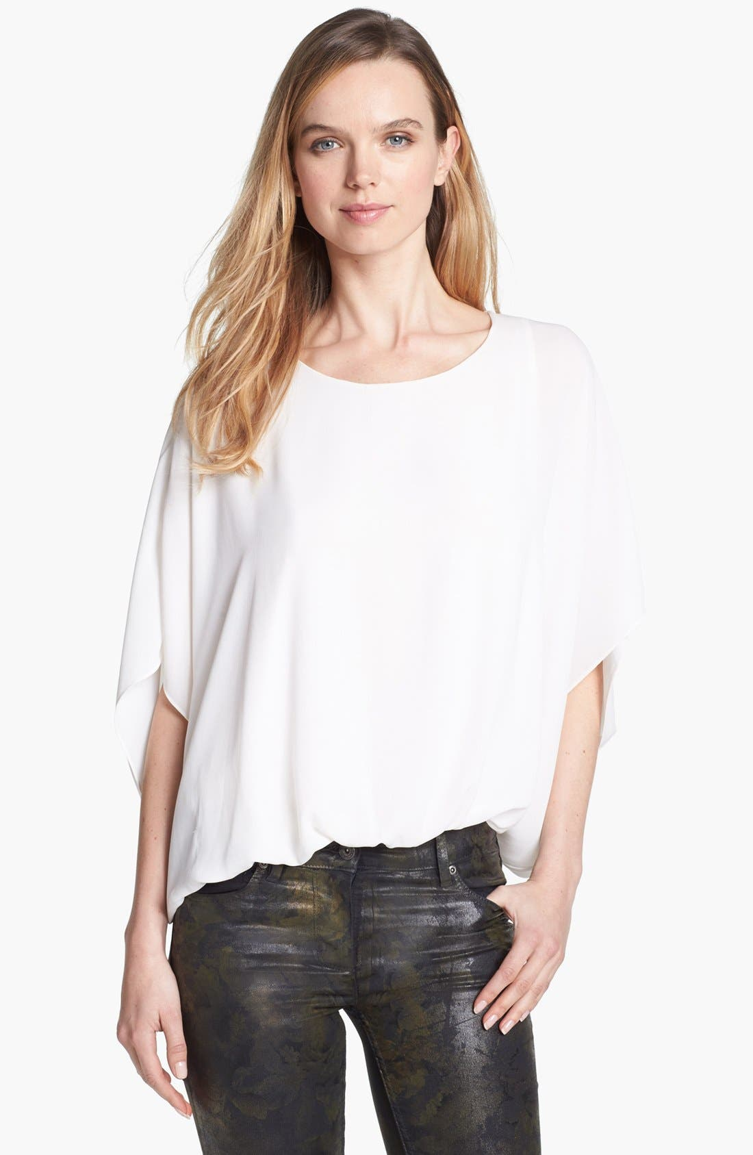 Image of Vince Camuto Solid 3/4 Sleeve Batwing Blouse