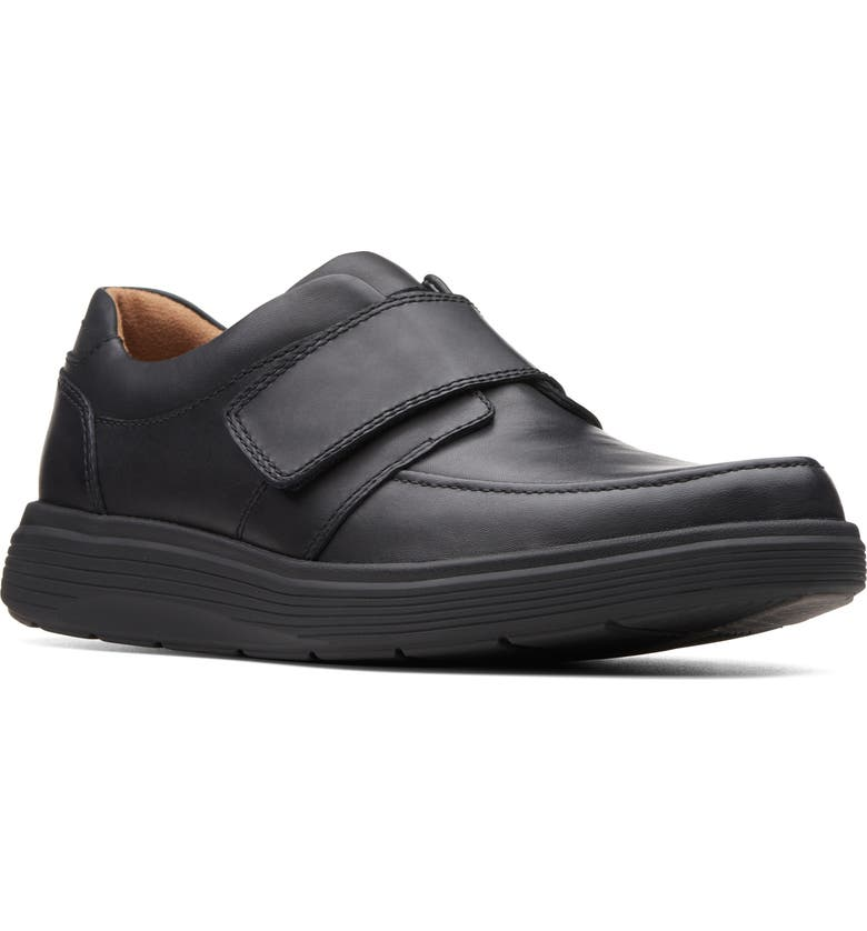 CLARKS<SUP>®</SUP> Un Abode Strap Sneaker, Main, color, BLACK LEATHER