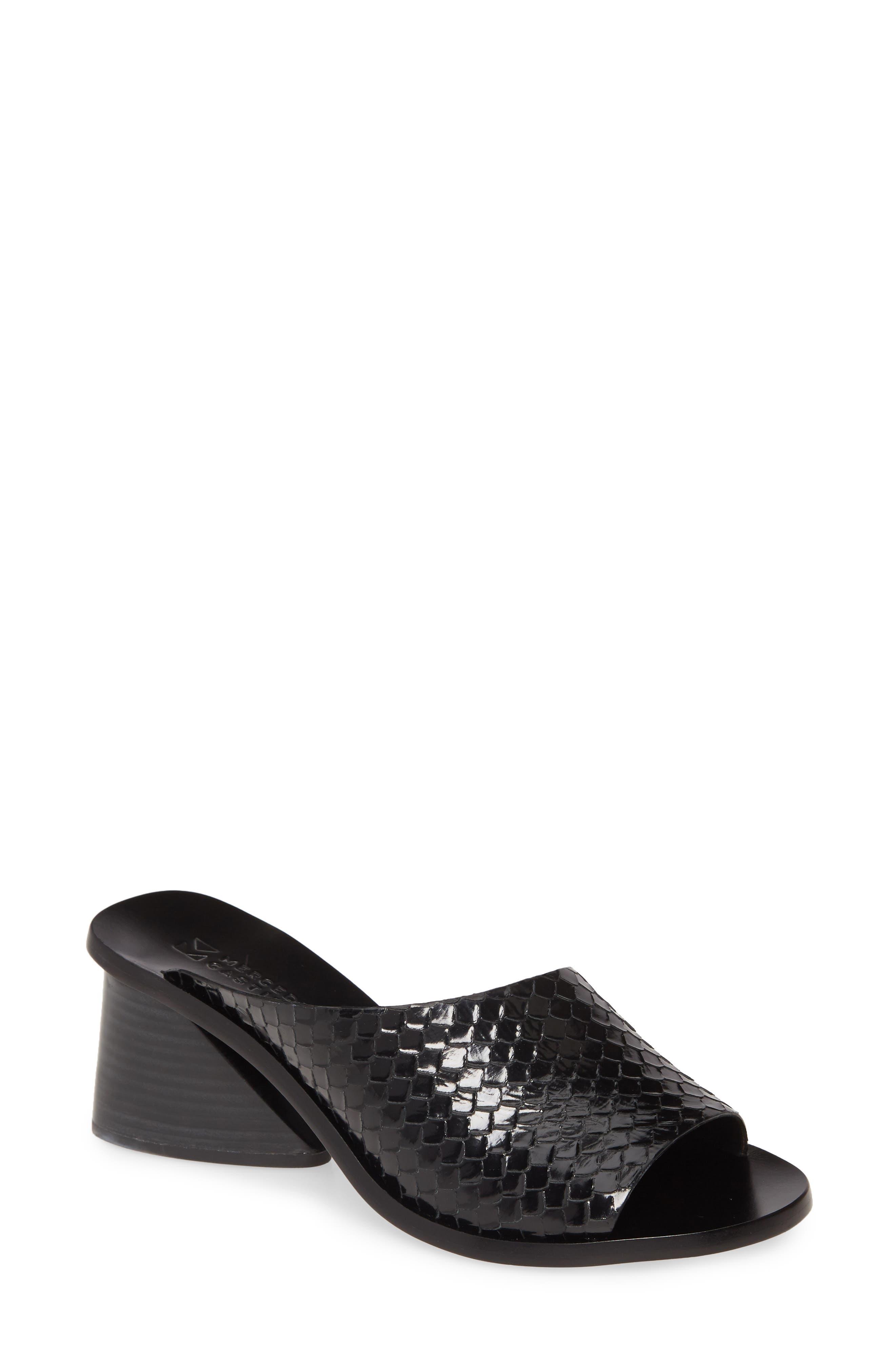 Mercedes Castillo Izar Slide Sandal