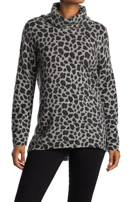 Image of Magaschoni Leopard Print Turtleneck Cashmere Sweater