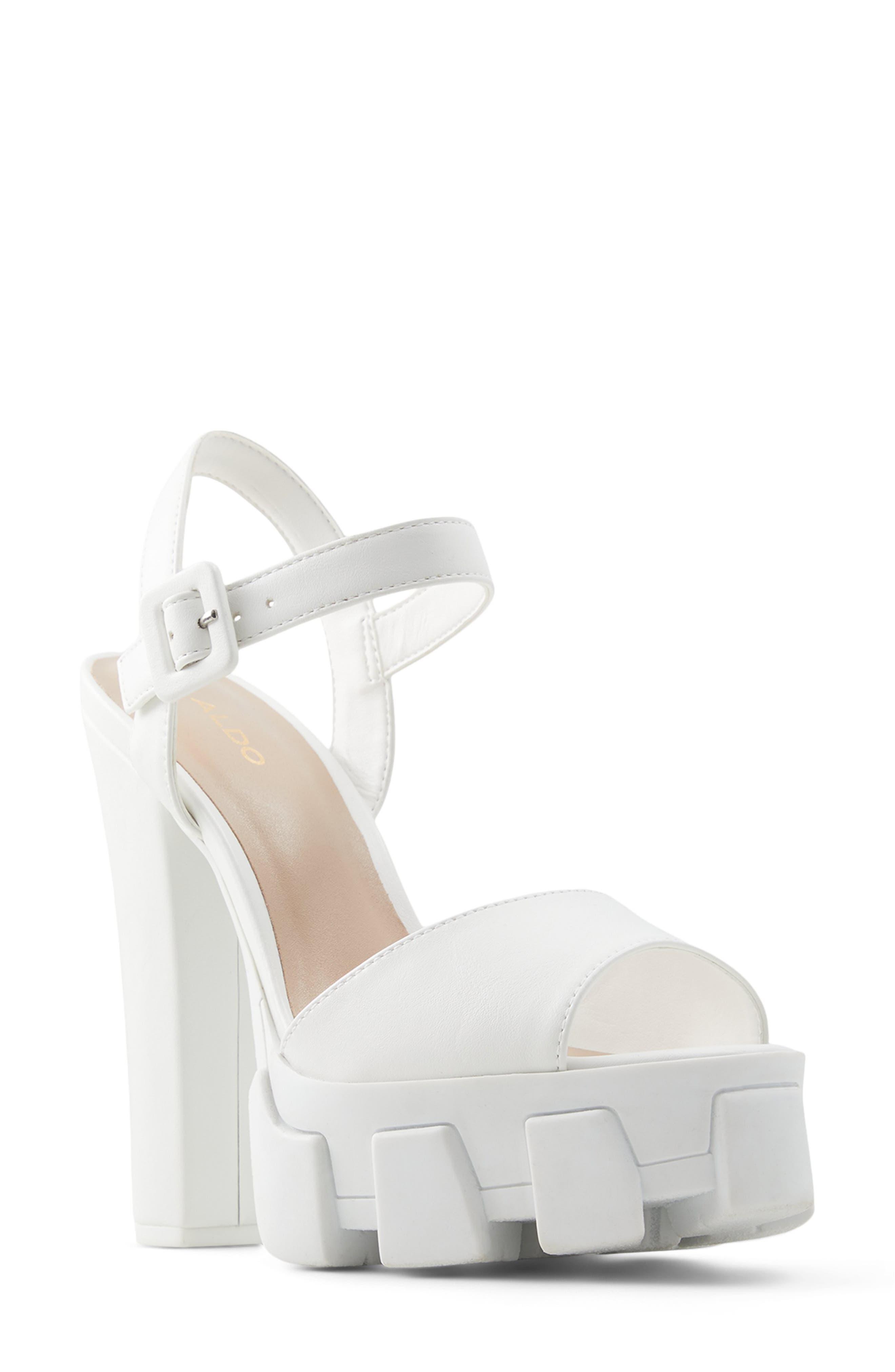 Verrajan Ankle Strap Lugged Sandal