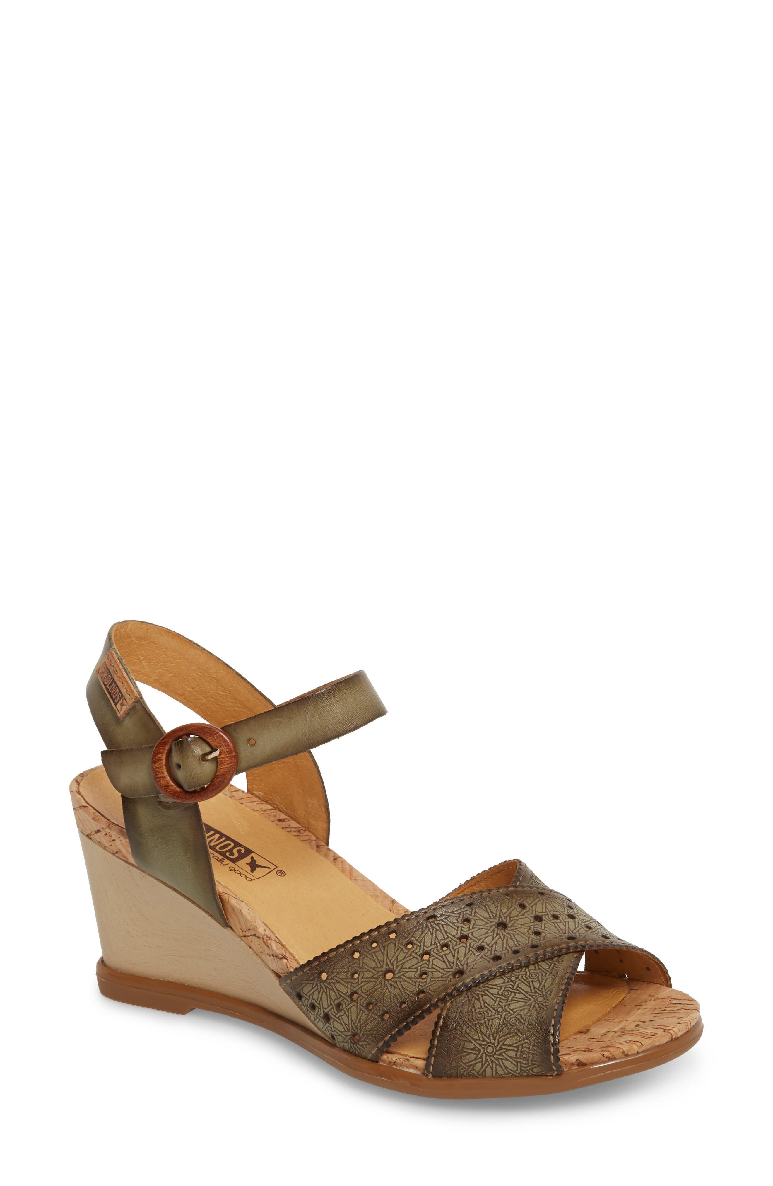 Pikolinos Vigo Wedge Sandal, Metallic