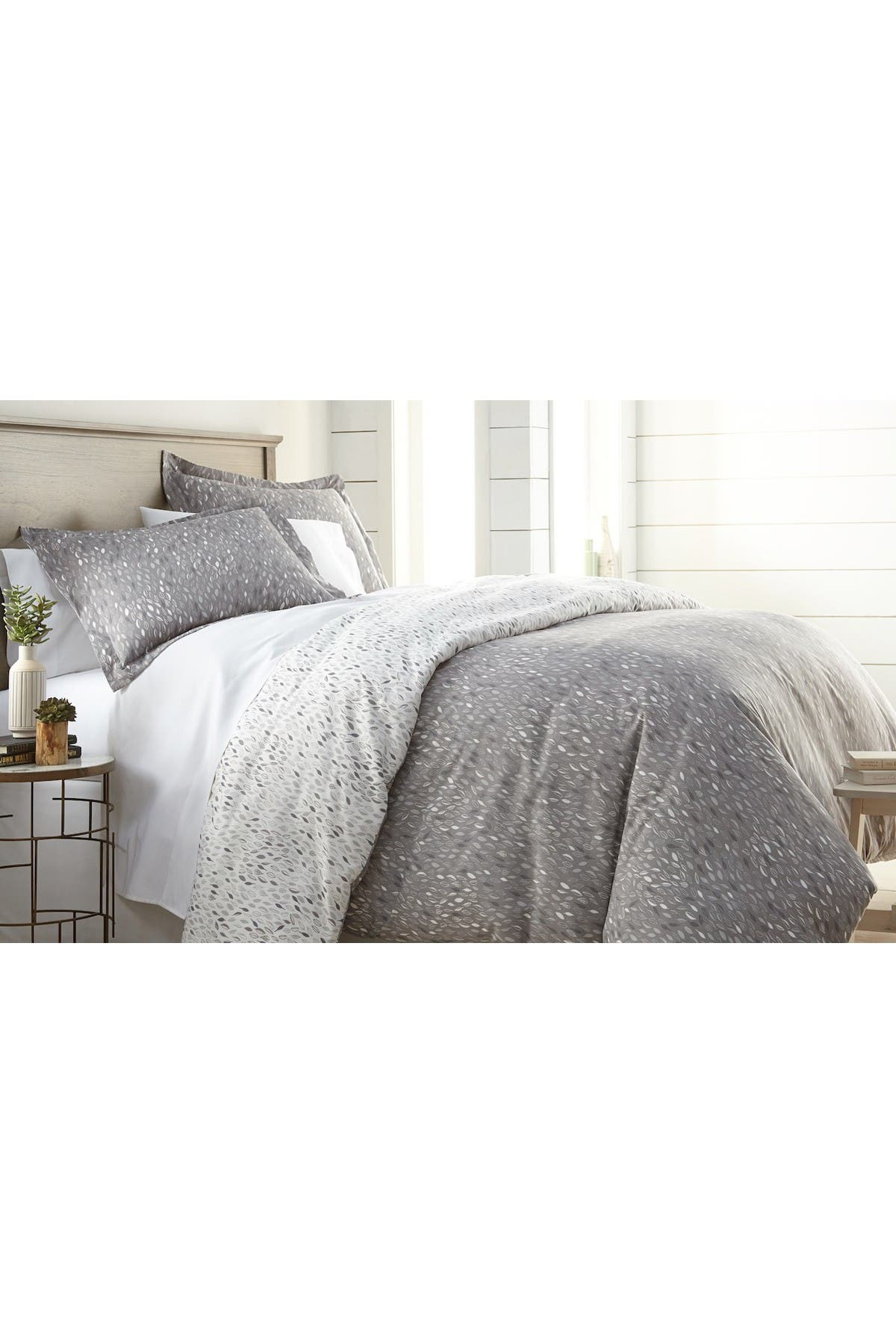 Image of SOUTHSHORE FINE LINENS Luxury Premium Collection Oversized Comforter Set - King/California King