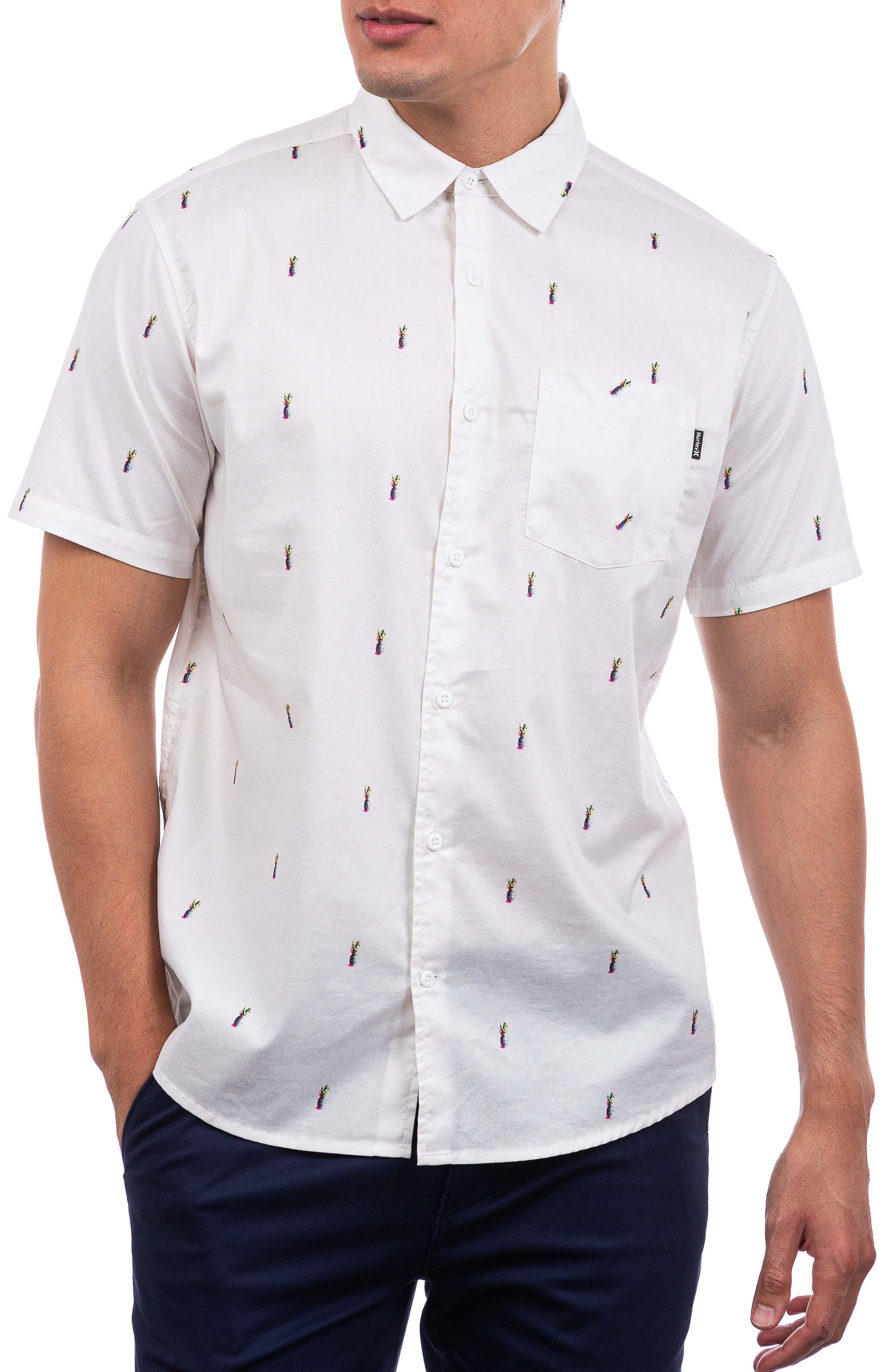 Classic Fit Pineapple Print Stretch Short Sleeve Button-Up Shirt