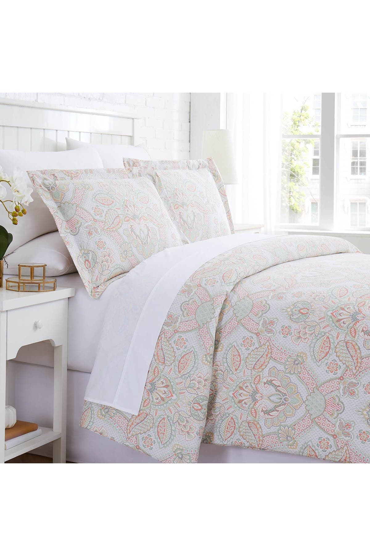 Image of SOUTHSHORE FINE LINENS Enchantment Duvet Cover Set - Coral - King/California King
