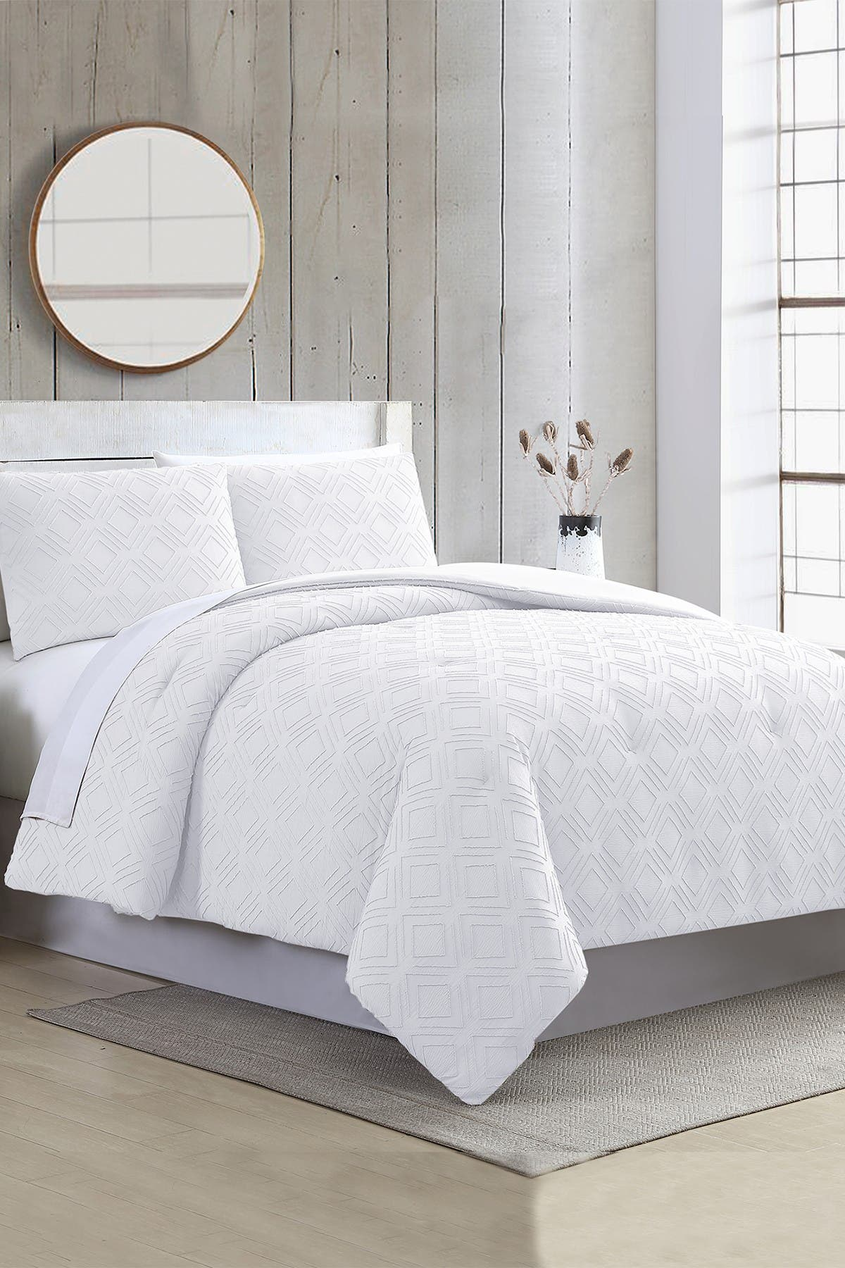 Image of Modern Threads 3-Piece Clipped Jacquard Comforter Set - Ethos White - King
