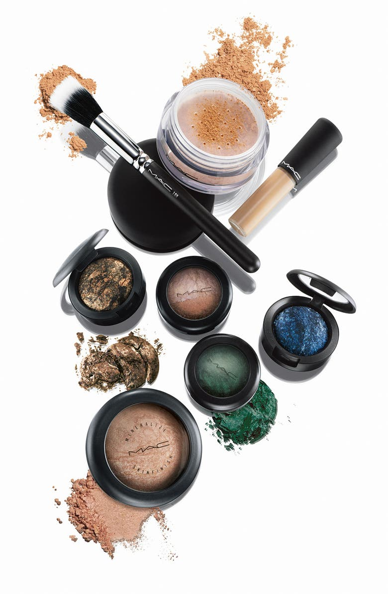 MAC COSMETICS M·A·C 'Mineralize' Skinfinish, Main, color, 100