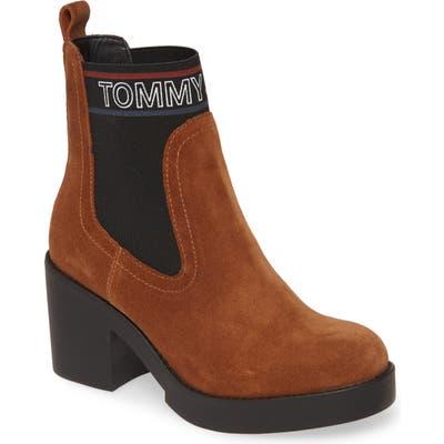 Tommy Jeans Lynn Logo Platform Chelsea Boot - Brown