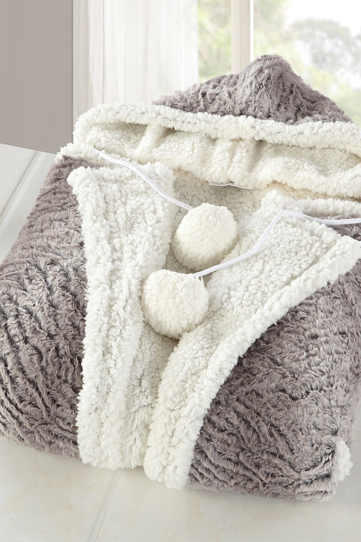 Image of Chic Home Bedding Uson Faux Shearling Lined Snuggle Hoodie - Beige