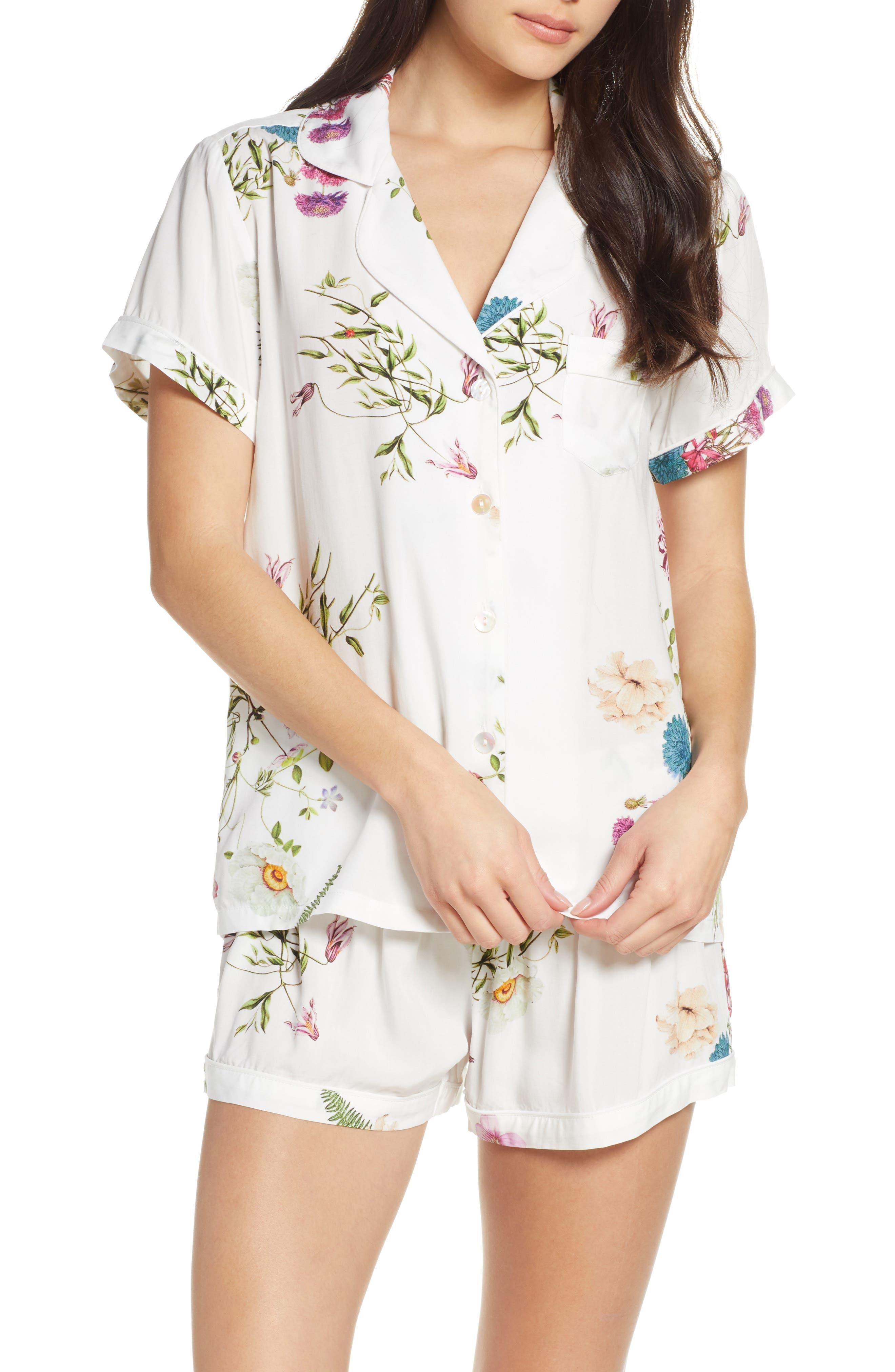 Plum Pretty Sugar Floral Print Short Pajamas, White