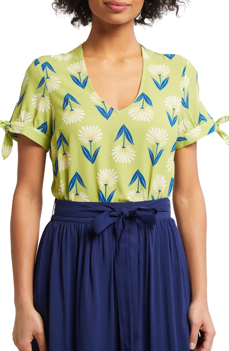 MODCLOTH Ideal Discovery Floral Top, Main, color, 300