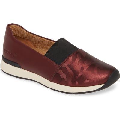 Vionic Cameo Slip-On Shoe, Burgundy