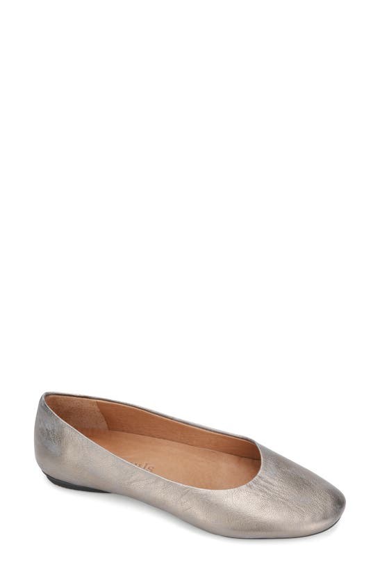 GENTLE SOULS BY KENNETH COLE Leathers GENTLE SOULS SIGNATURE EUGENE TRAVEL BALLET FLAT