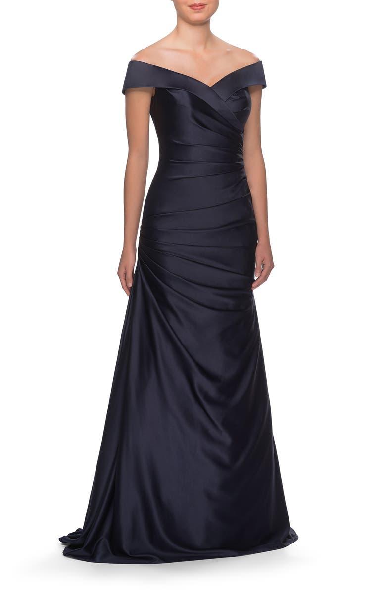 LA FEMME Off the Shoulder Ruched Satin Trumpet Gown, Main, color, NAVY